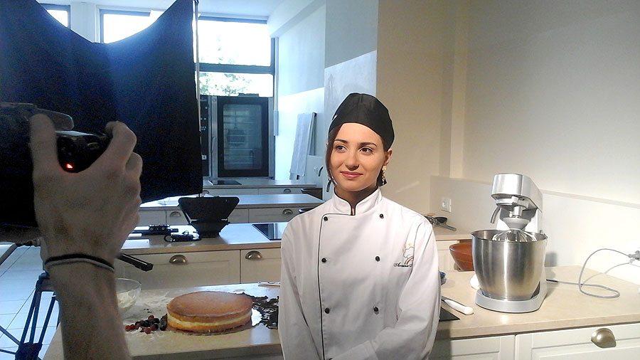 Scuola di cucina news spot tv il back stage - Scuola cucina bologna ...