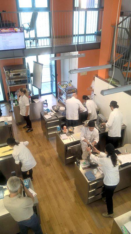 Scuola di cucina milano master di pasticceria accademia italiana chef - Scuola di cucina torino ...