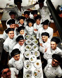 Giovanni Paolino con i compagni del Corso di Cuoco Professionista a Milano