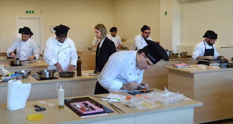 Scuola di cucina corsi con diploma sessione 18 febbraio - Scuola cucina bologna ...