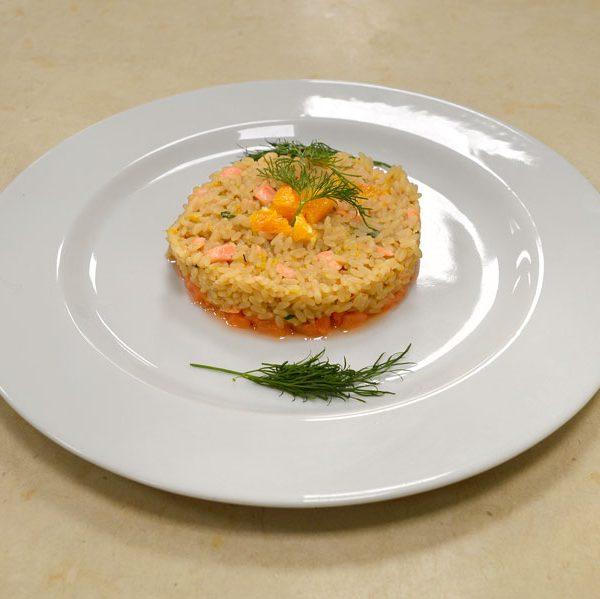Risotto con arancia e salmone corso di cucina professionale - Corso di cucina bologna ...