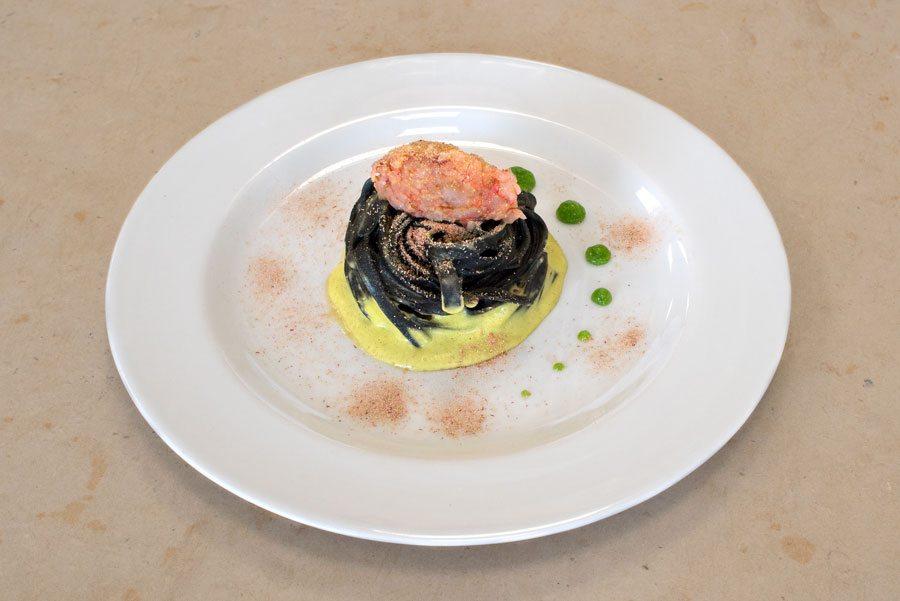 Tagliatelle nere con zucchine menta e gambero corso per - Corsi cucina roma gambero rosso ...