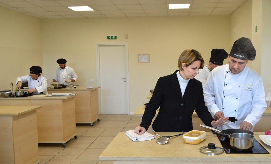 Scuola di cucina tutti i diplomati della sessione d 39 esame - Scuola cucina bologna ...